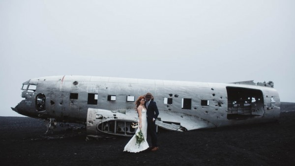 Passionate-Iceland-Destination-Wedding-Budir-Church-31-600x337.jpg