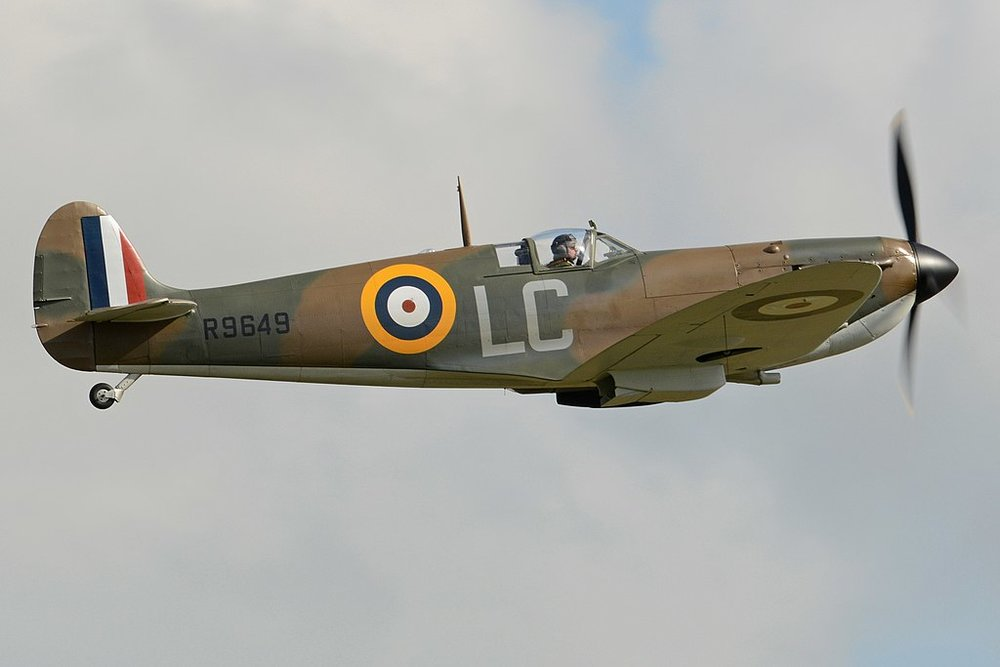 Nolan wanted to use as much period-correct vehicles as possible to lend historical accuracy to the film. Pictured is one of several Supermarine Spitfires used in the film. Photo: Wikipedia.
