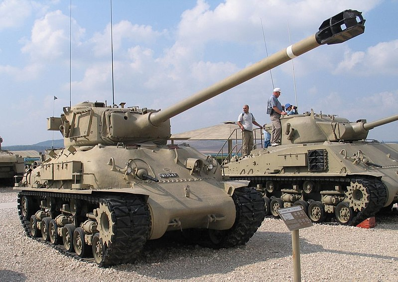 An Israeli M51 Super Sherman, alongside an early M50. Photo source: Wikipedia.