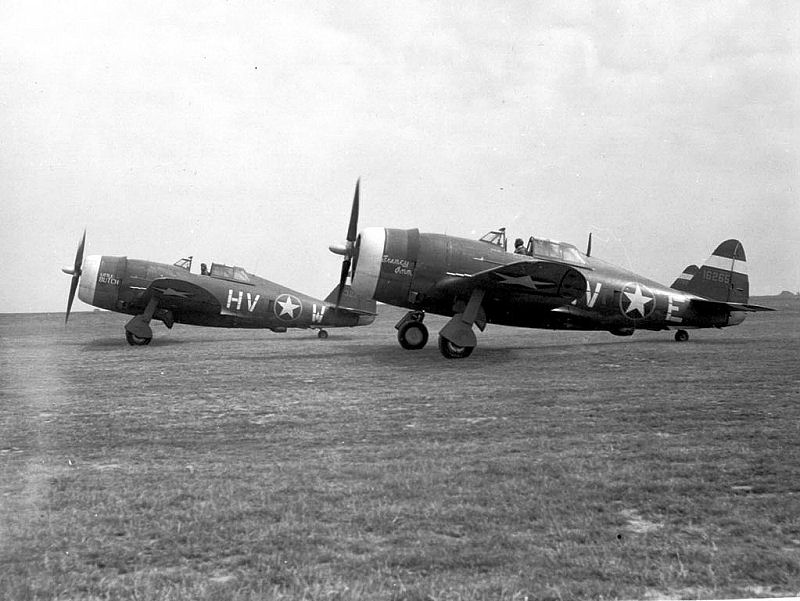 A trio of P-47Cs from the 56th Fighter Group prepare to take off in late 1942 or early 1943 (indicated by the yellow ring around the roundels on the fuselage). Photosource: Wikipedia.