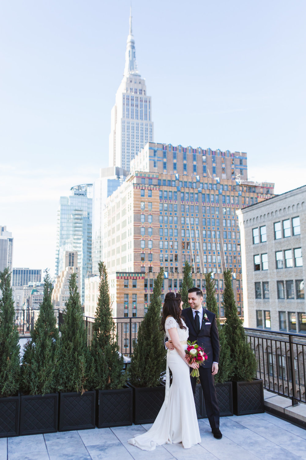 @Amy Sims Photography | New York Wedding Photography | Empire State Building | Couple Portrait