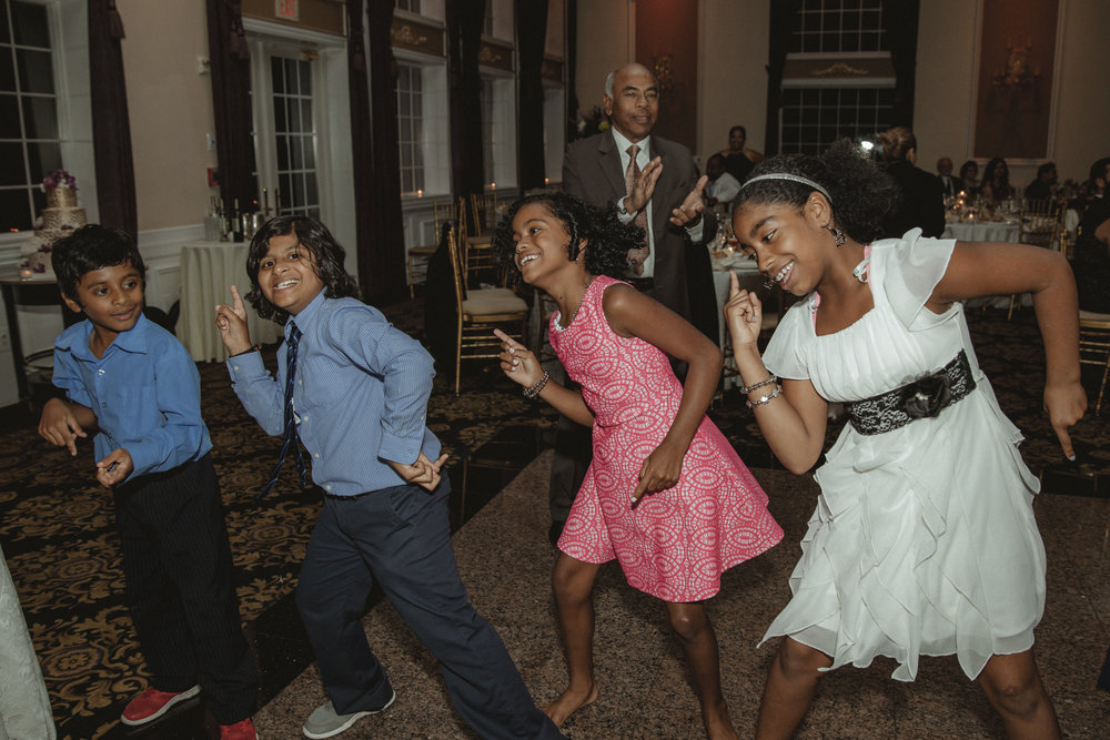kids dancing - Estate at Florentine Gardens wedding - Hudson Valley Wedding - Kelsey & Anish's wedding - Amy Sims Photography