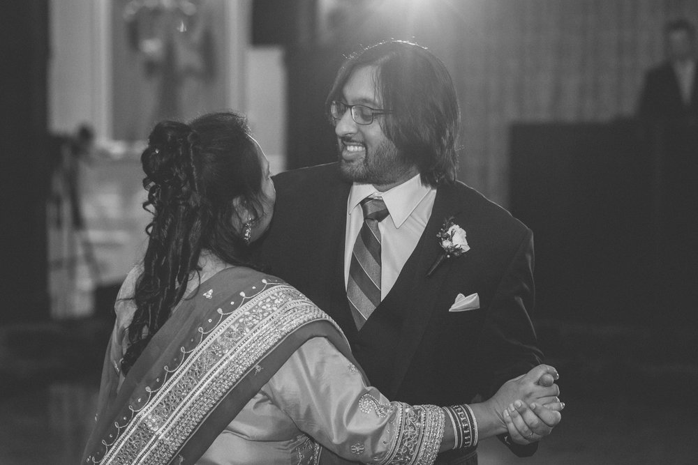 Groom dances with his mother - Estate at Florentine Gardens wedding - Hudson Valley Wedding - Kelsey & Anish's wedding - Amy Sims Photography