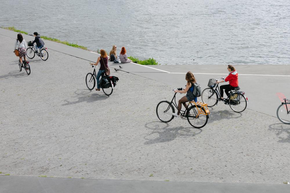 Amsterdam-Saturday-v2-1.jpg