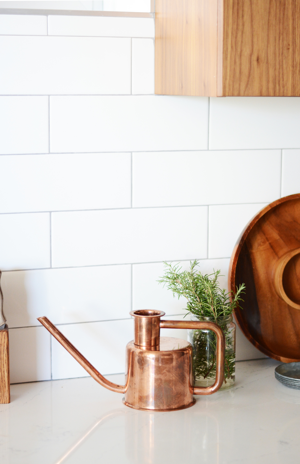finding-home-essentials-phone-copper-teapot-3
