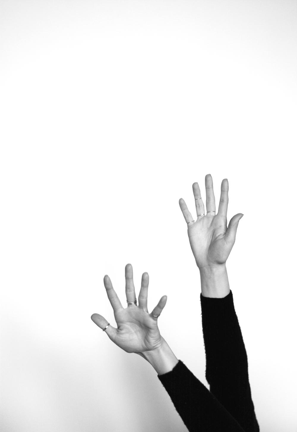 TaylrAnne-The-Sept-Cashmere-Minimal-11