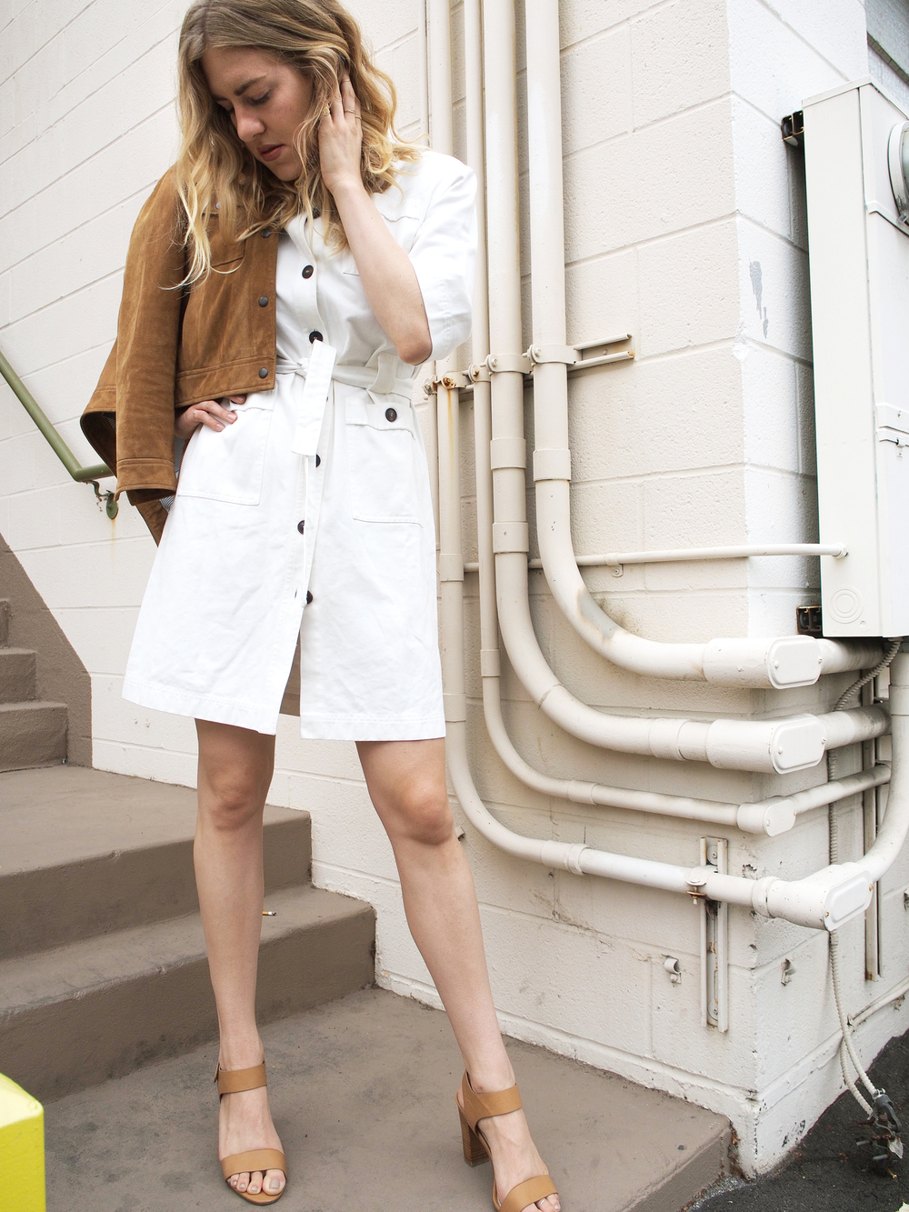 Setting the Tone Basics Aren't Boring M.i.h Jeans Iola Dress Madewell Suede Wayfind Jacket Street Style x Taylr Anne