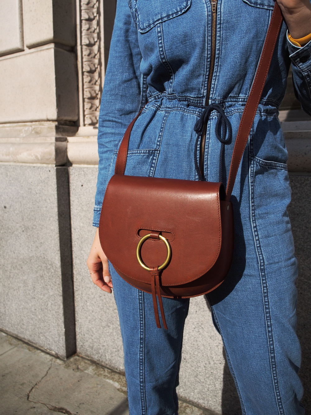 Madewell x Goop Denim Coverall Jumpsuit Madewell Leather Lisbon O-Ring Saddlebag Susi Studio Hey Simone Black Heel Denim Everyday Taylr Anne Street Style www.taylranne.com