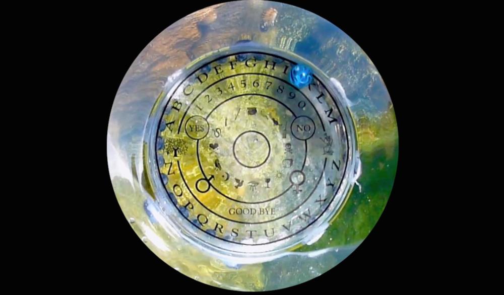 Brad Lay, Speaker Seeker  (still),2015, single channel digital video,duration   7:54, courtesy of the artist