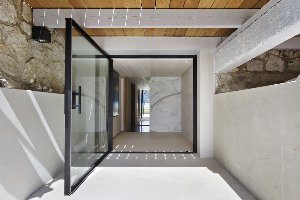 Vitrocsa large glazed pivot door panel minimal windows not Keller : fineline doors uk - pezcame.com
