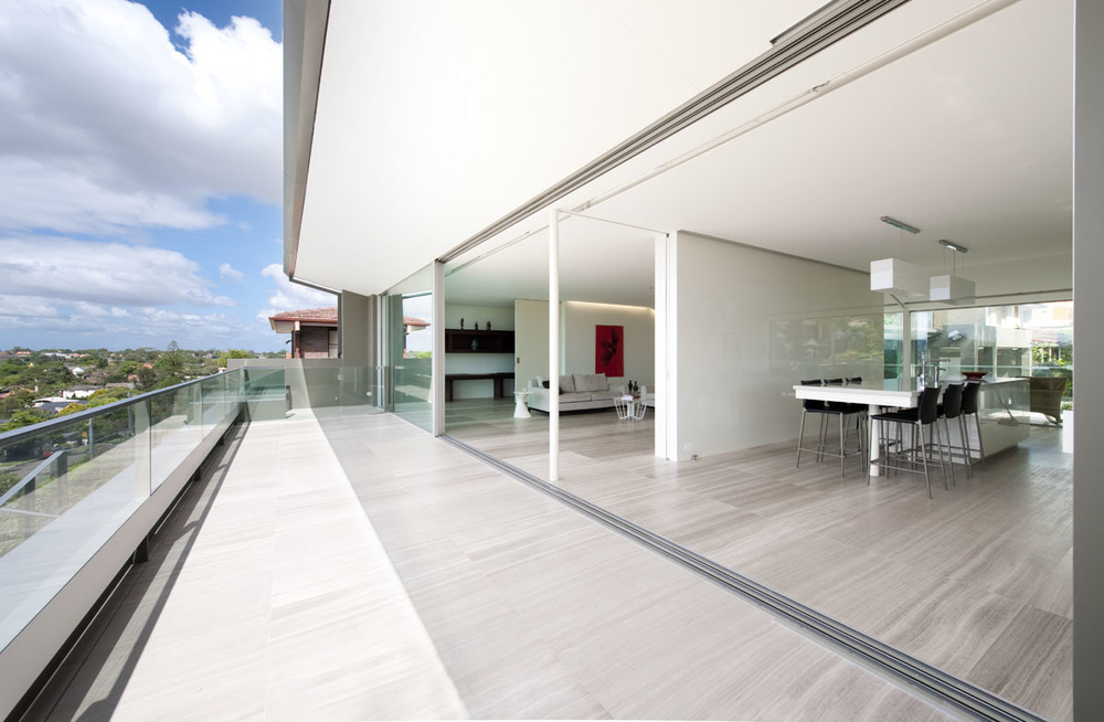 vitrocsa large panel sliding windows TH+ minimal frame not Fineline