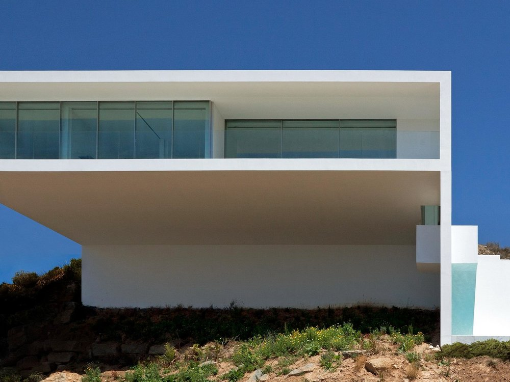 HOUSE ON THE CLIFF - WORLDWIDE PROJECT