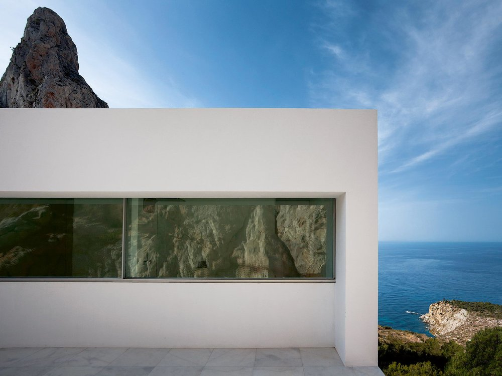 house on the cliff - w0rldwide project