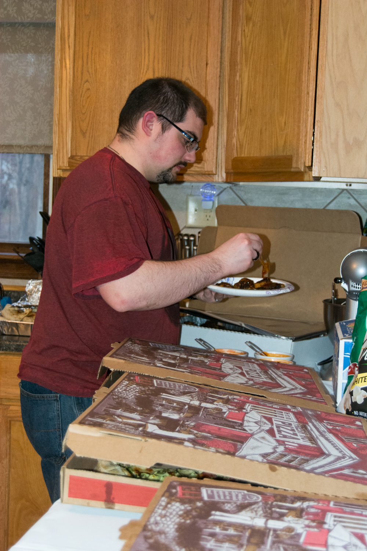 Randy eating Kings Pizza