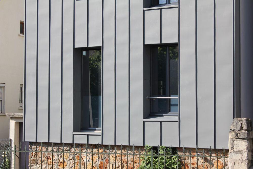 10_facade rue detail.jpg