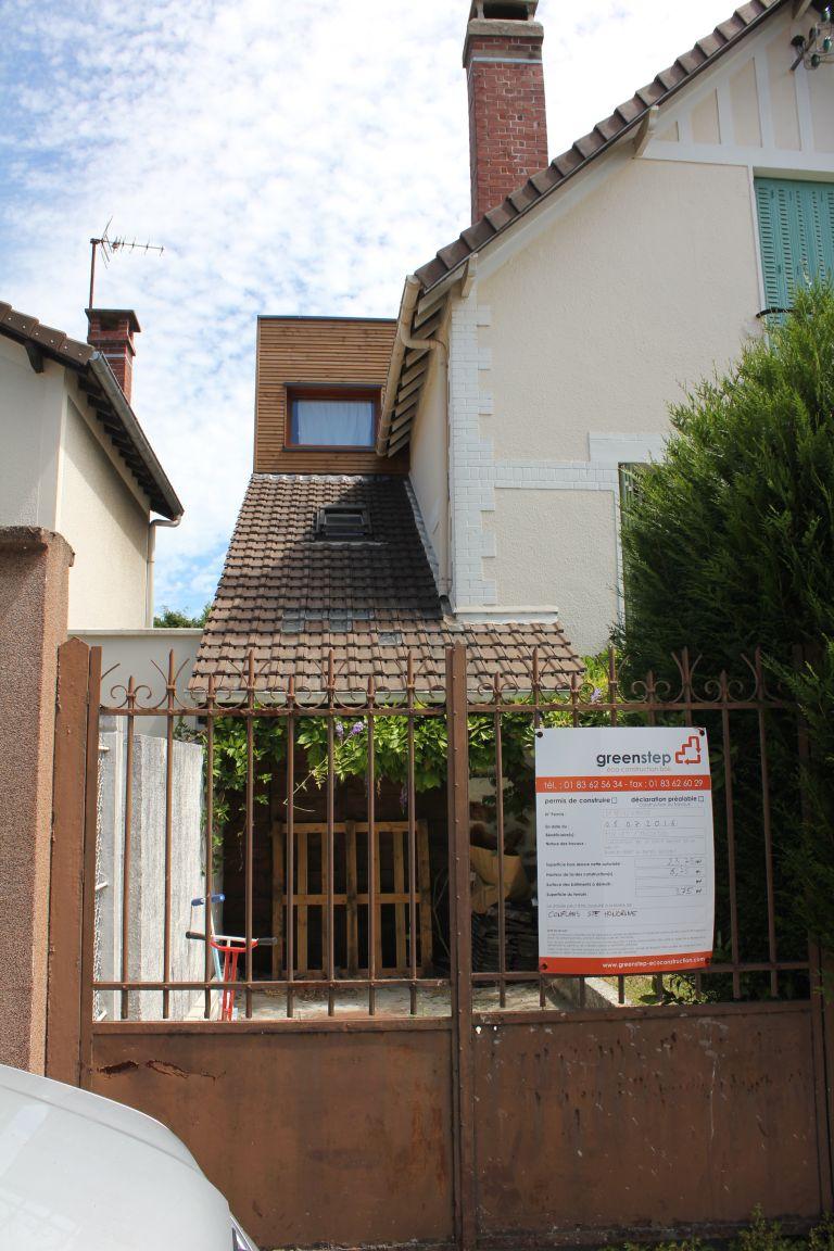 06_facade ouest portail panneau.JPG