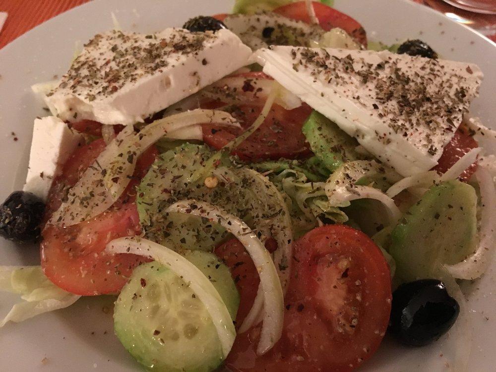 Salat nach griechischer Art.JPG