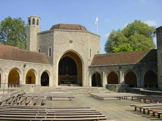 Aylesford Priory 2.jpg