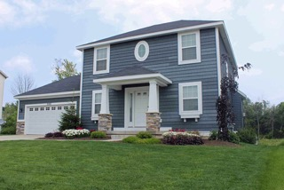 2242 Tradition Drive NE - Grand Rapids - Beautiful home with desirable location!