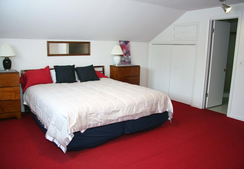 bed1_2.jpg