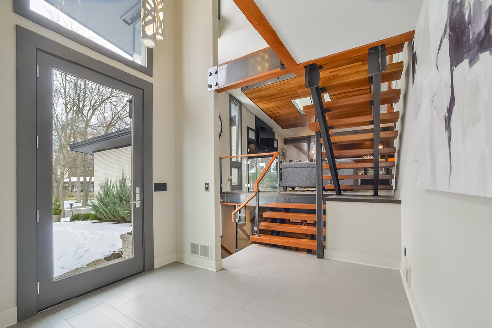2022 Coronado SE - Stunning Mid-Century Modern