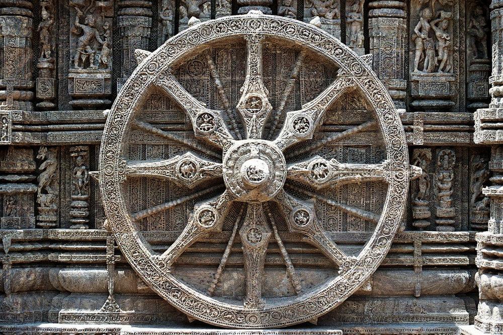 Dharmachakra, Buddhist eight-spoked wheel. Konark Sun Temple in Orissa, India. Photo by Chaithanya Krishnan, user saamiblog, Flikr.