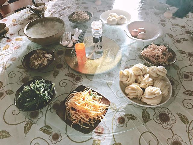 Breakfast in northern China . . . #travel #desert #art #unesco #china #gansu #food #spicy #breakfast