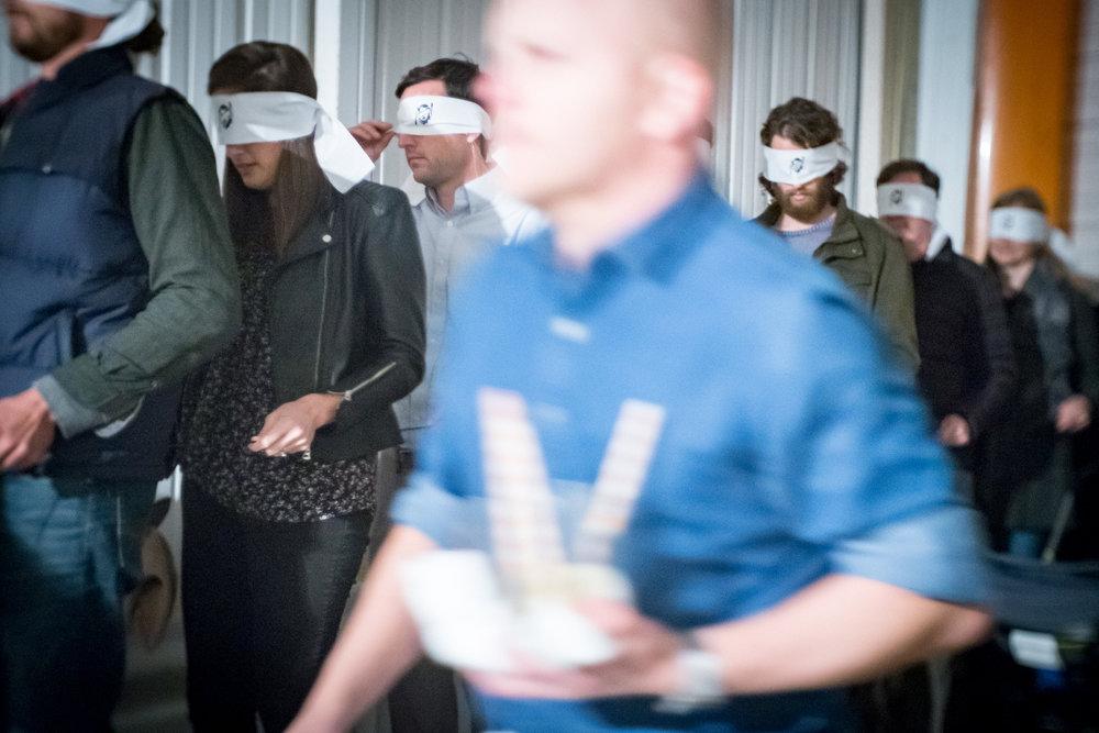blindfold_trustfall_11-10-18_9884.jpg