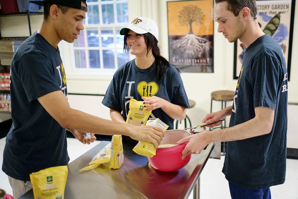 campus-kitchen.jpg