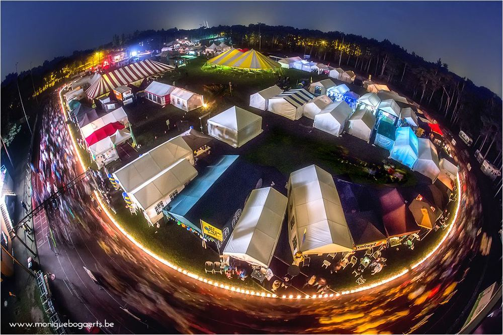 Figure 1: Relay For Life Lommel at night. ©Monique Bogaerts