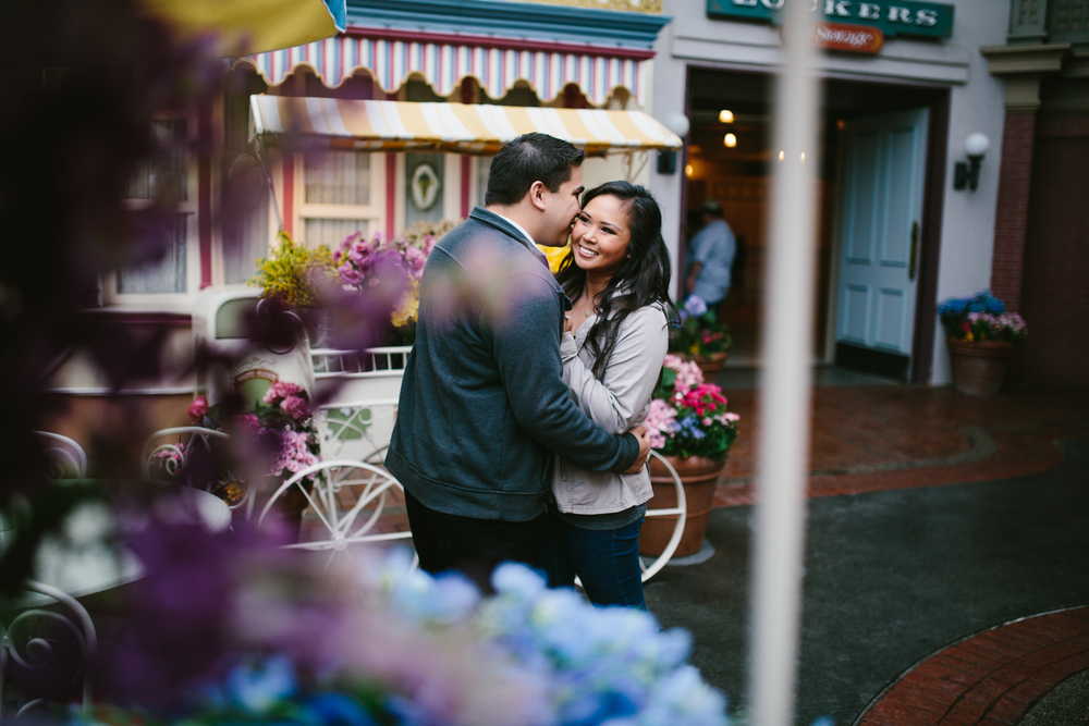 Disneyland Engagement Jessica and Gabe-8.jpg