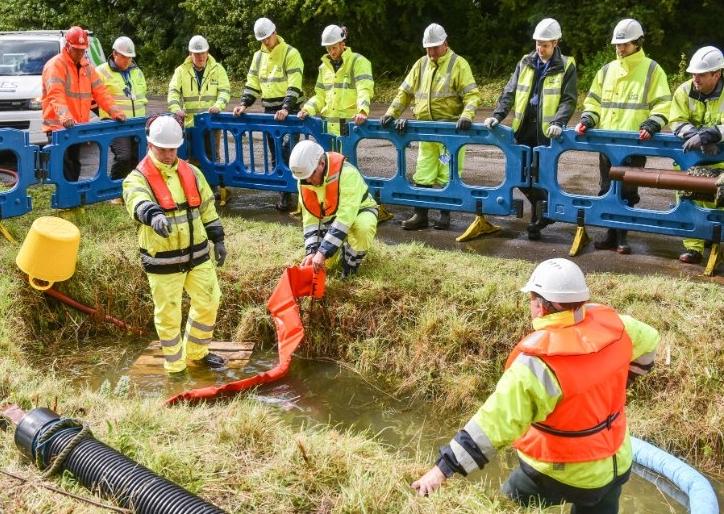 spill response photo photo #11.jpg