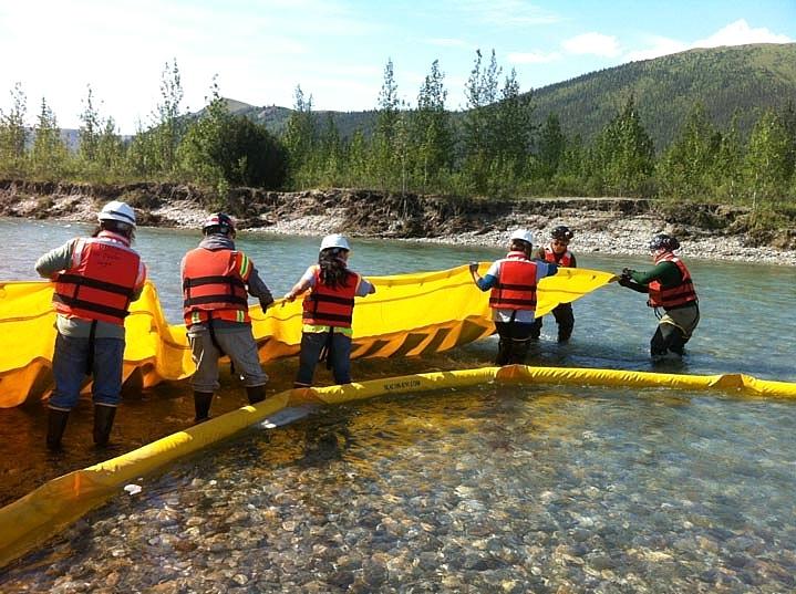 spill response photo 1.jpg