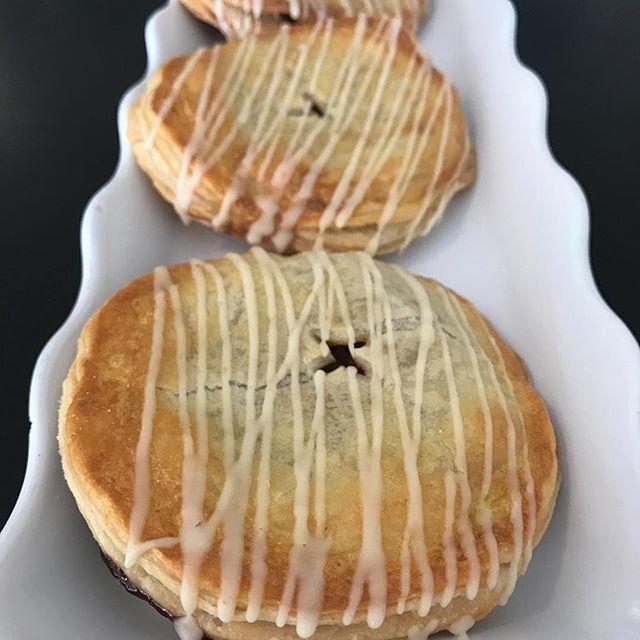 Pumpkin Hand Pies 🎃🎃🎃