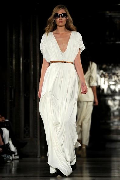 Spring summer runway dress trends