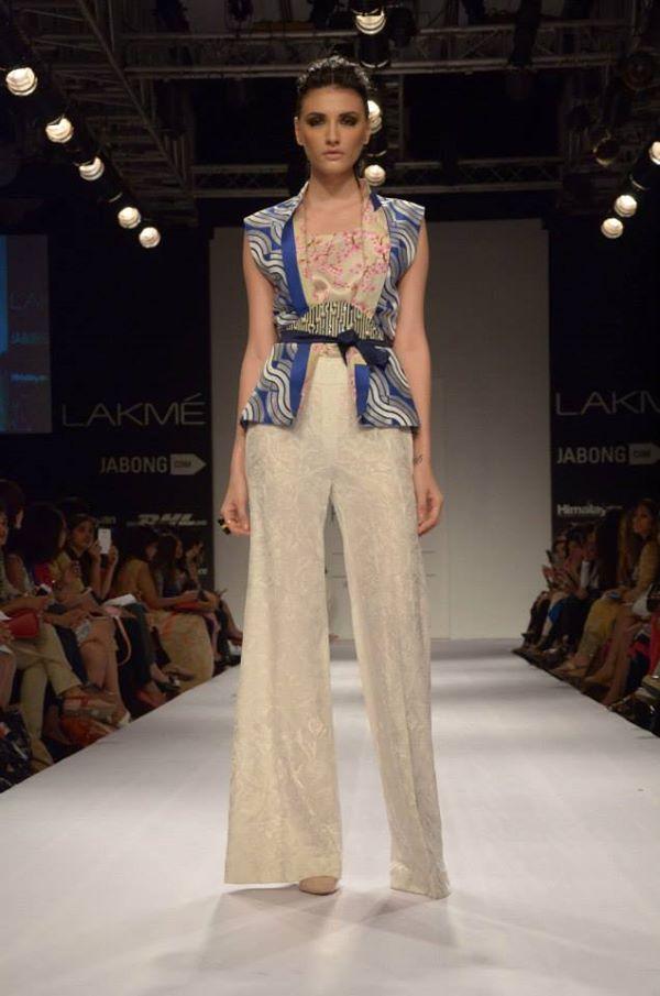 Sania-Maskatiya-Sakura-collection-at-Lakme-Fashion-Week-2014-3.jpg