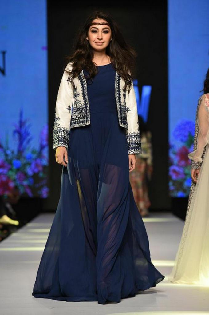 Zara Shahjehan 3.jpg