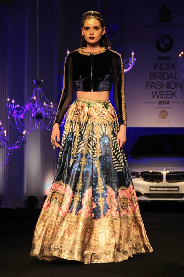 Falguni-and-Shane-Peacock-India-Bridal-Fashion-Week-2014-www.style2klik-3.jpg