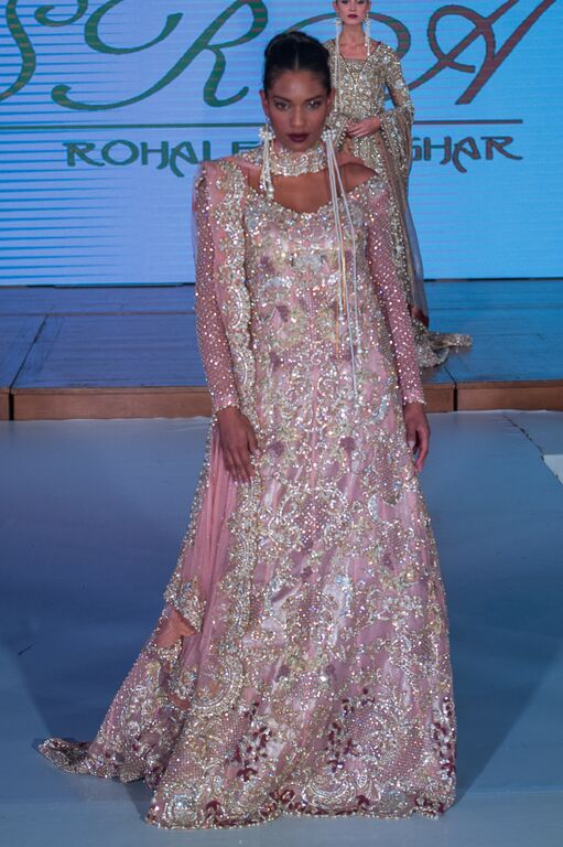 Sara Rohale Asgar at Pakistan Fashion Week London #PFW8 Spring & Summer trends 2016