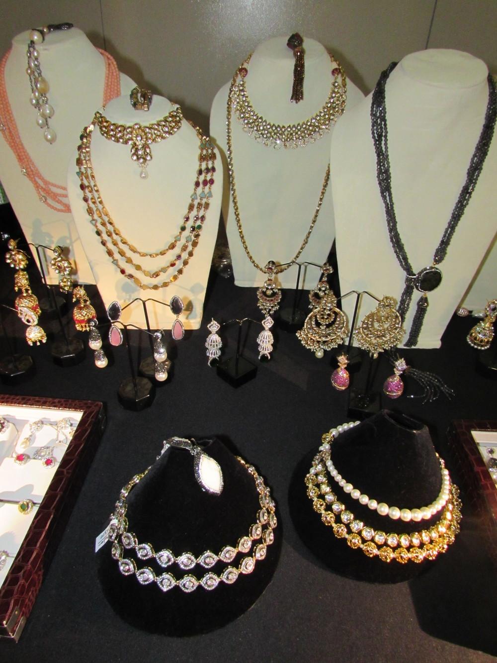 Tanaya Couture Jewellery 3.JPG