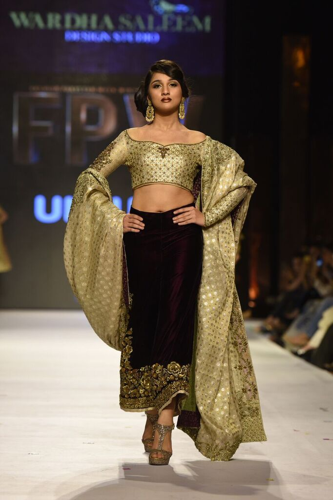 Wardha Saleem Fashion Week Pakistan Karachi 2015 FPW15 2.jpeg