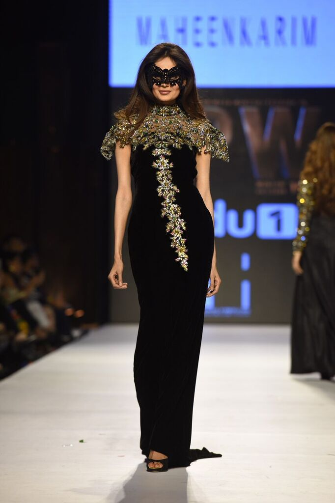 Maheen Karim Fashion Week Pakistan Karachi 2015 FPW15 11.jpeg