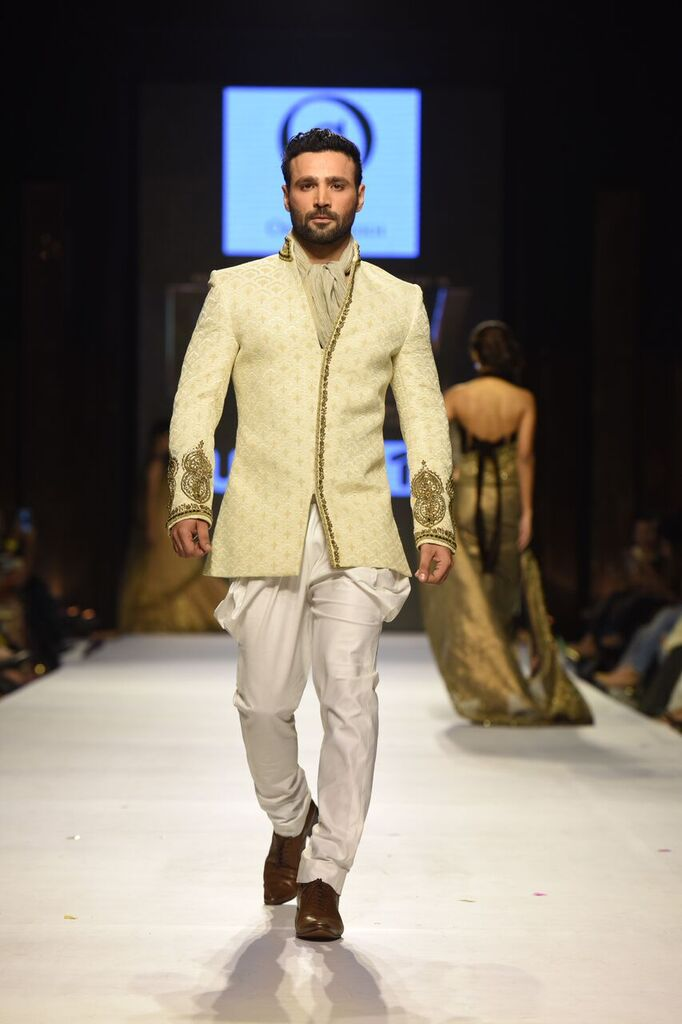 Obaid Sheikh Fashion Week Pakistan Karachi 2015 FPW15 4.jpeg