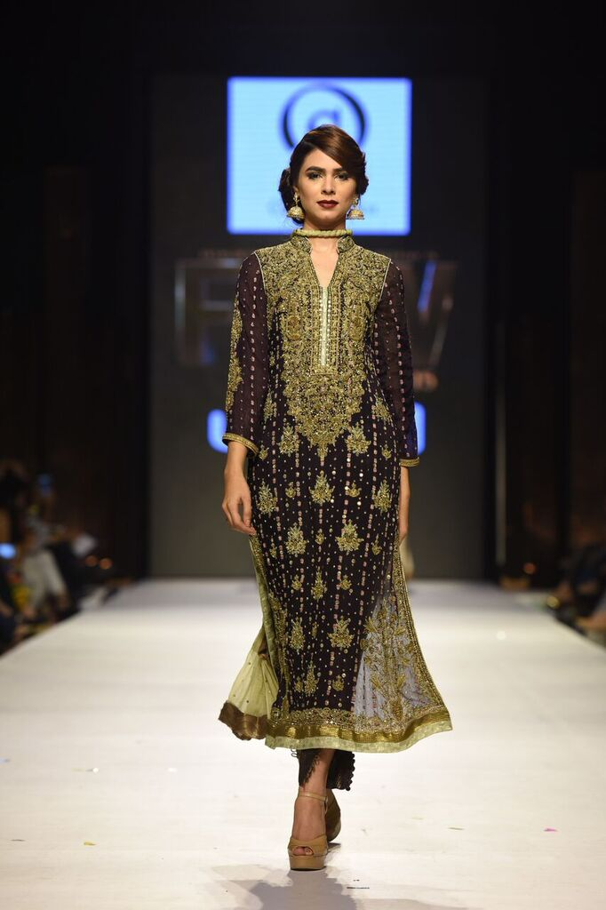 Obaid Sheikh Fashion Week Pakistan Karachi 2015 FPW15 7.jpeg