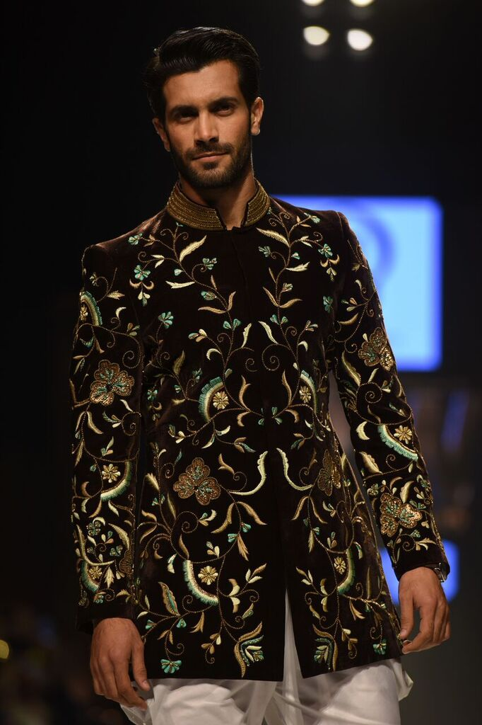 Obaid Sheikh Fashion Week Pakistan Karachi 2015 FPW15 6.jpeg