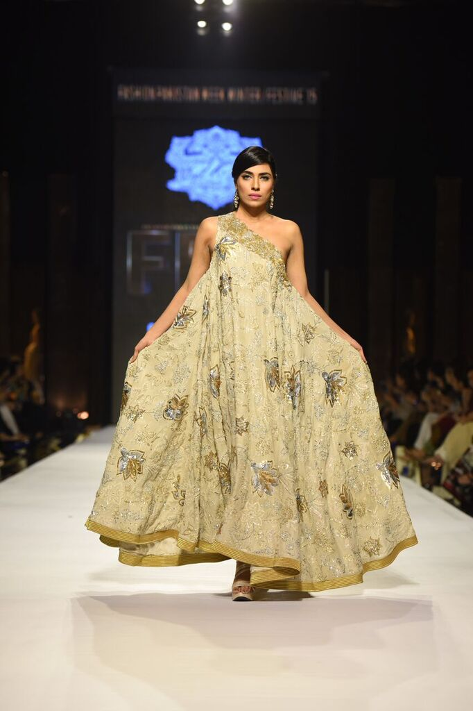 Umer Sayeed Fashion Week Pakistan Karachi 2015 FPW15 2.jpeg