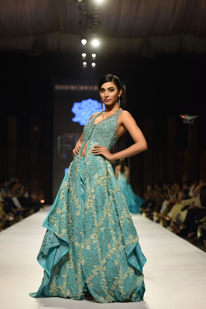 Umer Sayeed Fashion Week Pakistan Karachi 2015 FPW15 6.jpeg