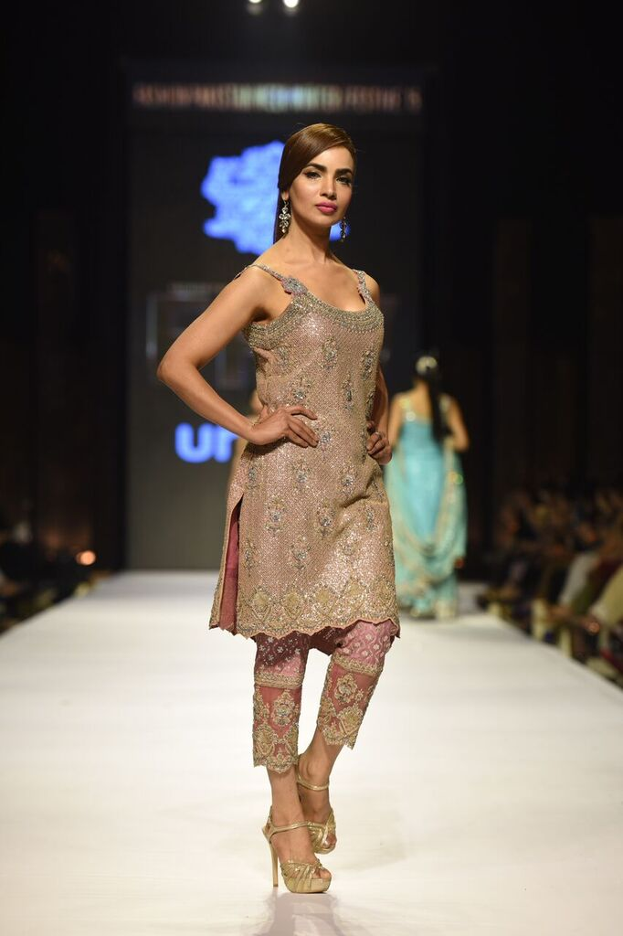 Umer Sayeed Fashion Week Pakistan Karachi 2015 FPW15 9.jpeg