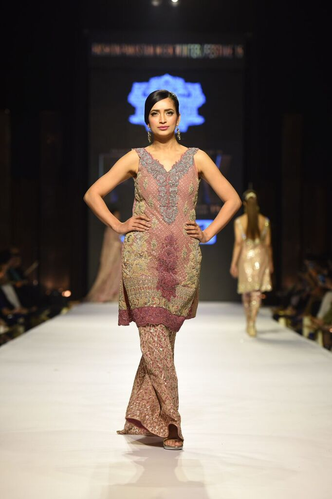 Umer Sayeed Fashion Week Pakistan Karachi 2015 FPW15 10.jpeg