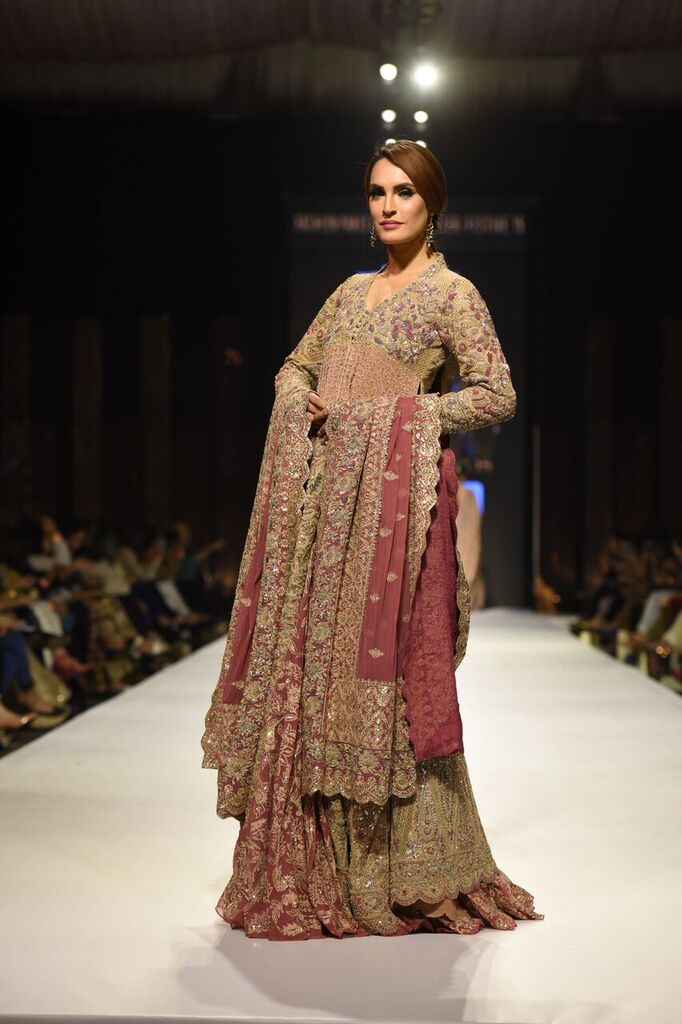 Umer Sayeed Fashion Week Pakistan Karachi 2015 FPW15 12.jpeg